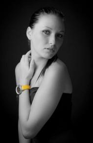 0081 Yellow Watch